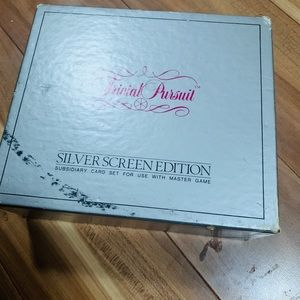 Other - Trivial pursuit silver screen edition